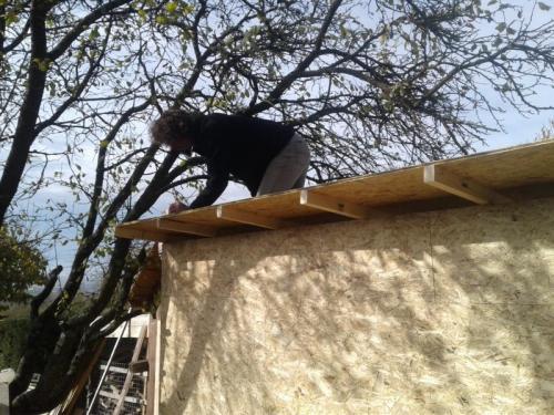 Das Dach kommt drauf